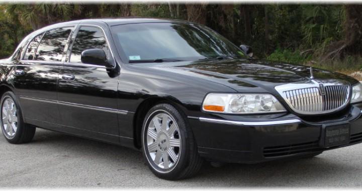 Luxurious Lincoln Town Car